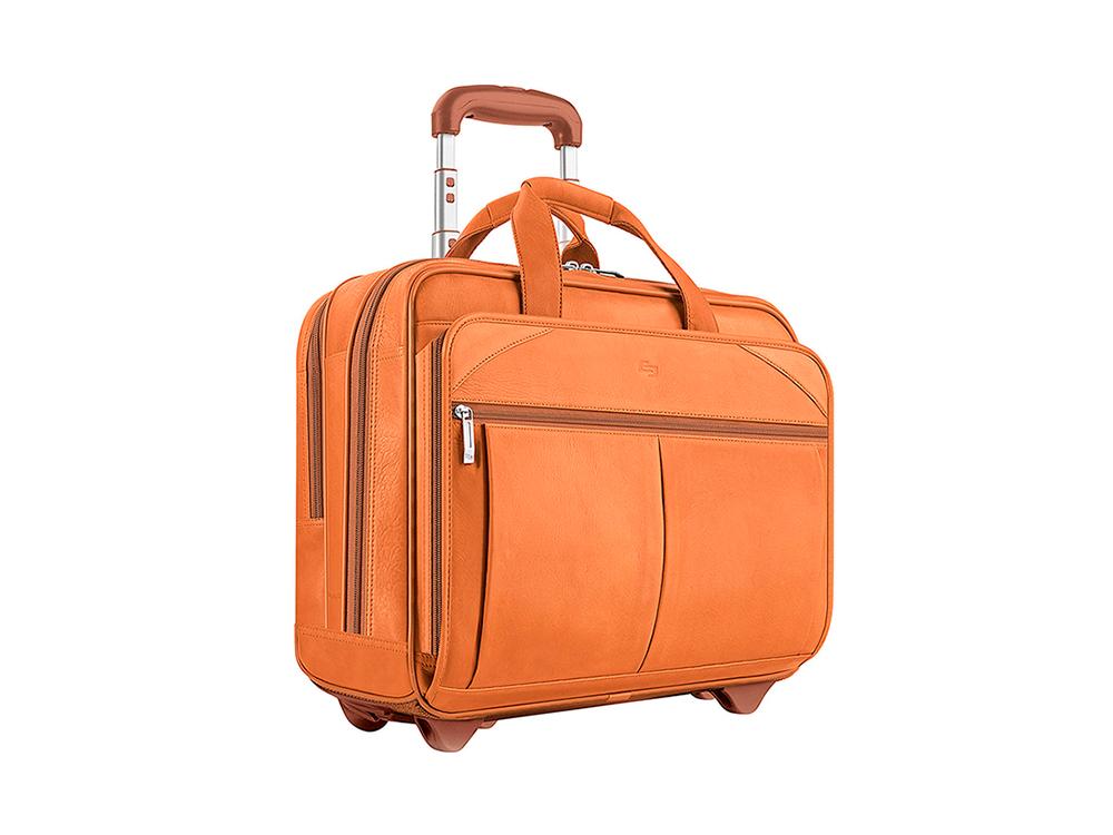 Кожаный чемодан на колесиках